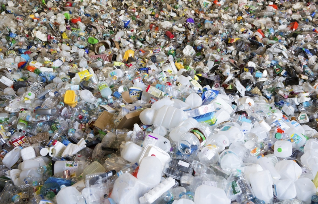 Flat rate tax on non-recycled plastics risks 'travesty' via MRW